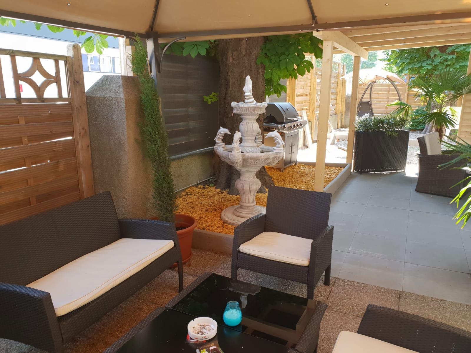 Zimmer-Reservierungen | Laufhaus Roma